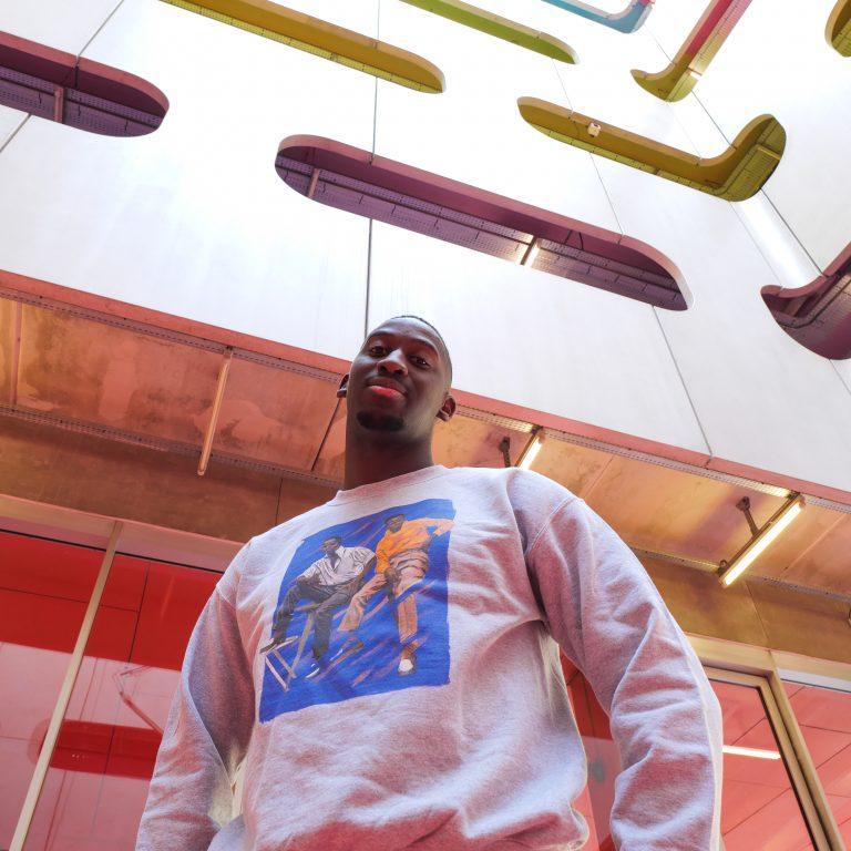 Kin La Belle Urban Streetwear Vêtement Haut Pull T-Shirt Hoodie